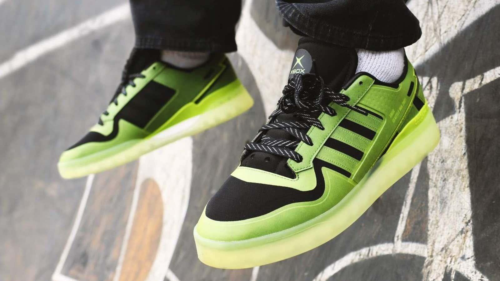Xbox se asocia con Adidas para lanzar unas zapatillas de su vigésimo aniversario